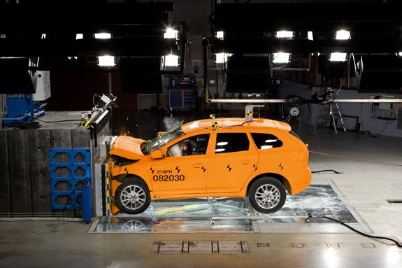 Краш-тест Дэу Матиз выявил определенные недостатки автомобиля