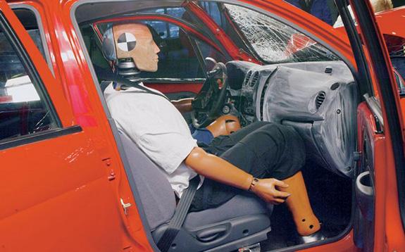 Водитель Дэу Матиз получил минимальные повреждения